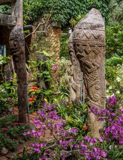 Old wood carvings at the Botanical Garden
